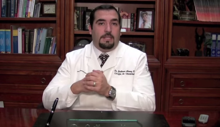 8 Pros and Cons of Bariatric Sleeve Surgery